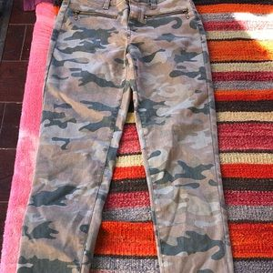 Urban outfitters camp jeggings sz small